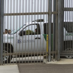 Arizona-based Border Patrol agent convicted of bribery, drug trafficking