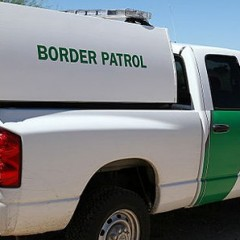 UNM students protest border control agents at job fair