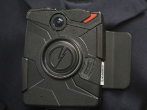 635829350718247919-AP-Border-Agents-Body-Cameras-300x225.jpg