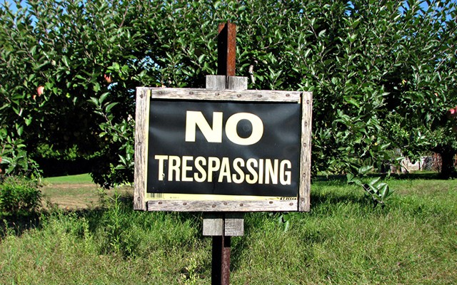 No_trespassing_by_Djuradj_Vujcic-640x400.jpg