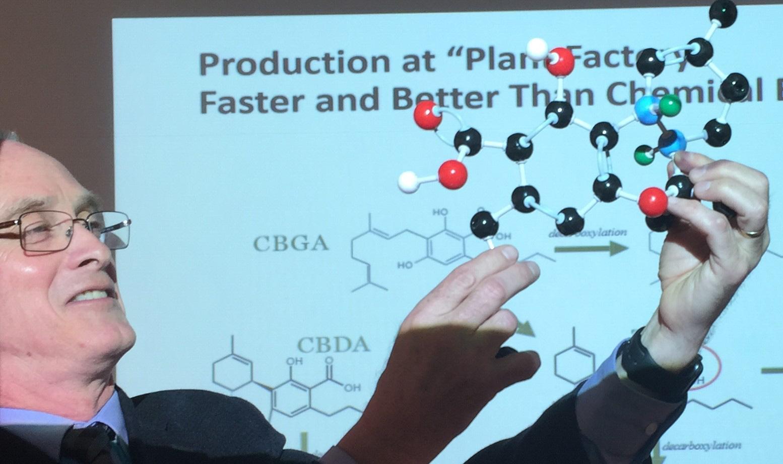 John_MacKay_Teaching_Chemistry.jpg