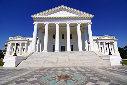 Virginia_State_Capitol_Building_2.jpg