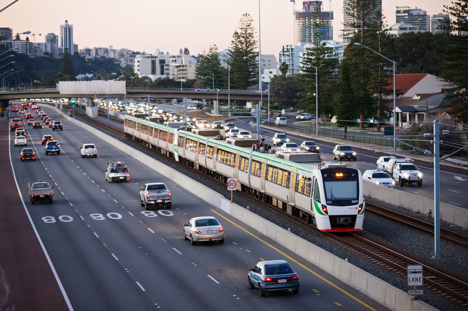 Call for WA manufacturing hub to build railcars locally