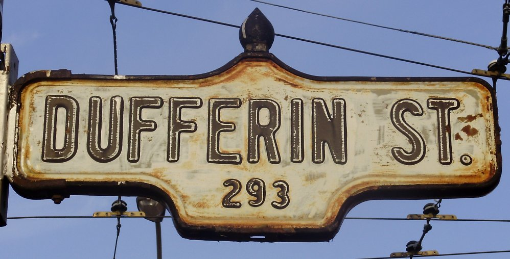 Dufferin_Street_Sign.jpg