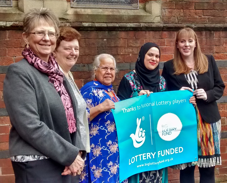 (left to right) Cllr Bowman, Judith Hilton, Mrs Sarwar Ibrahim, Hasna Khan and Angela Rayner, MP