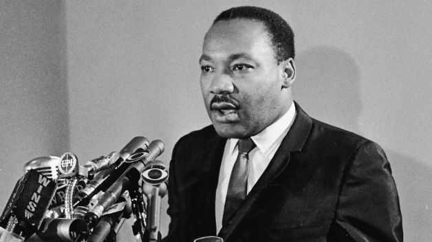 a discussion on martin luther king jrs opposition to the vietnam war King philip's war martin luther king jr and his opposition to the vietnam war the american public knew about martin luther king long before they had ever.