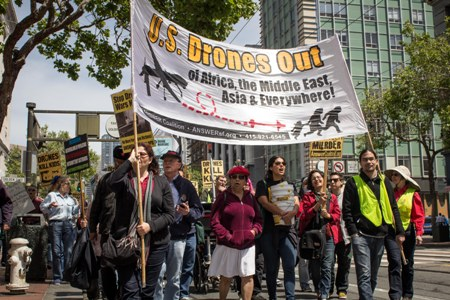 drone-protest-april-13-2013-sf.jpg