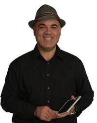 Luis Perez image