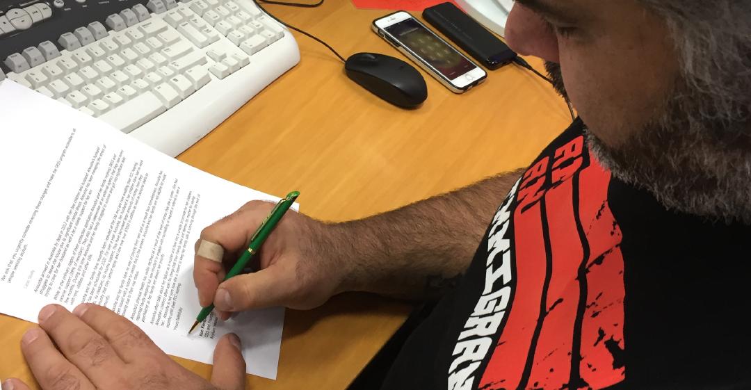 Kon signing letter