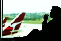 Qantas accused of sending more call-centre jobs overseas