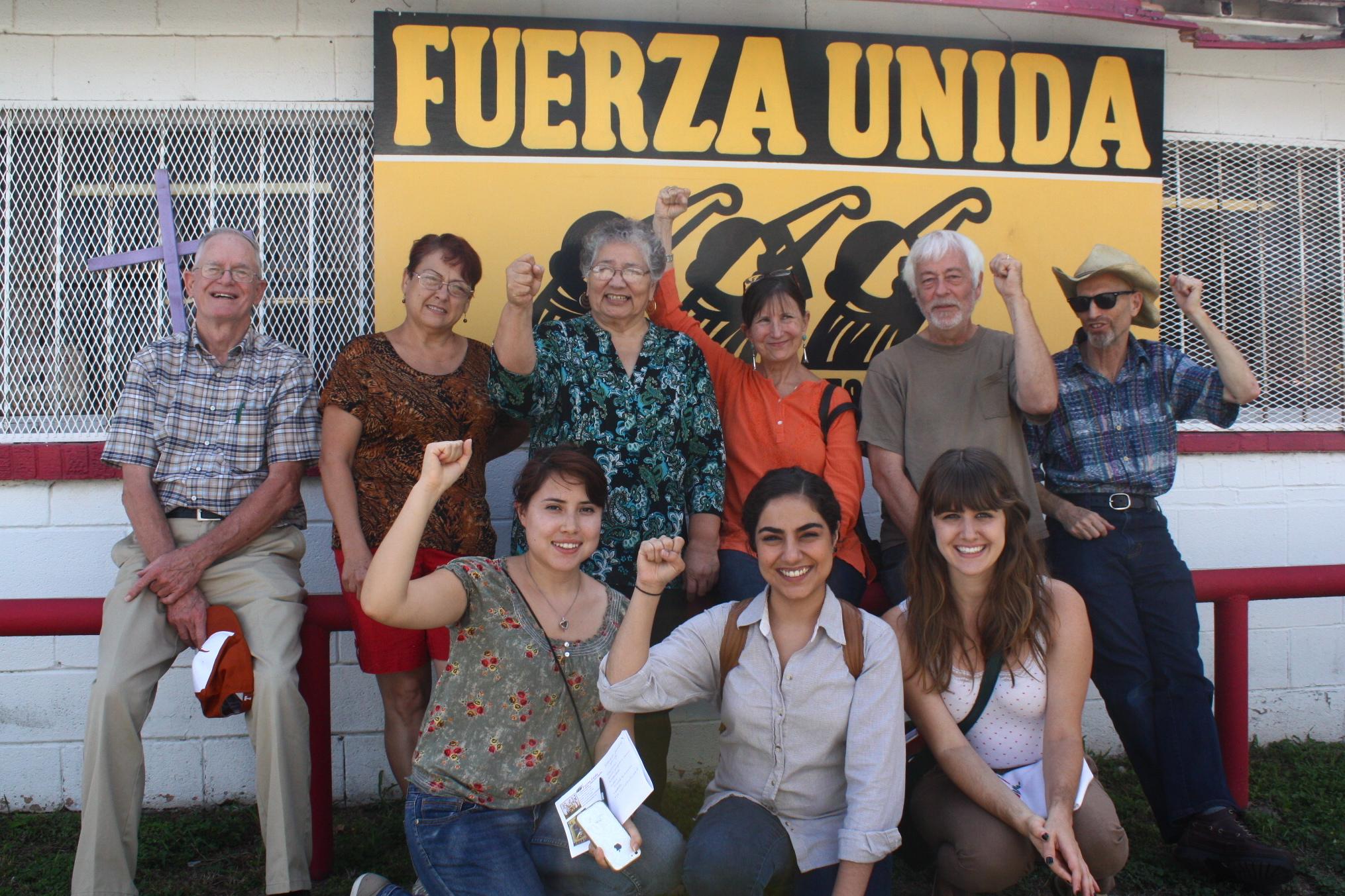 7._Fuerza_Unida_y_Austin_Tan_Cerca.JPG
