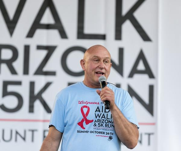 aids_walk_az_kit_kloeckl_exec_director_aunt_ritas_foundation.jpg