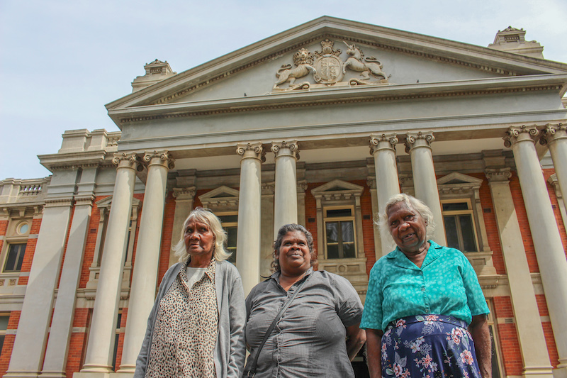 Shirley, Elizabeth and Vicki at Supreme Court