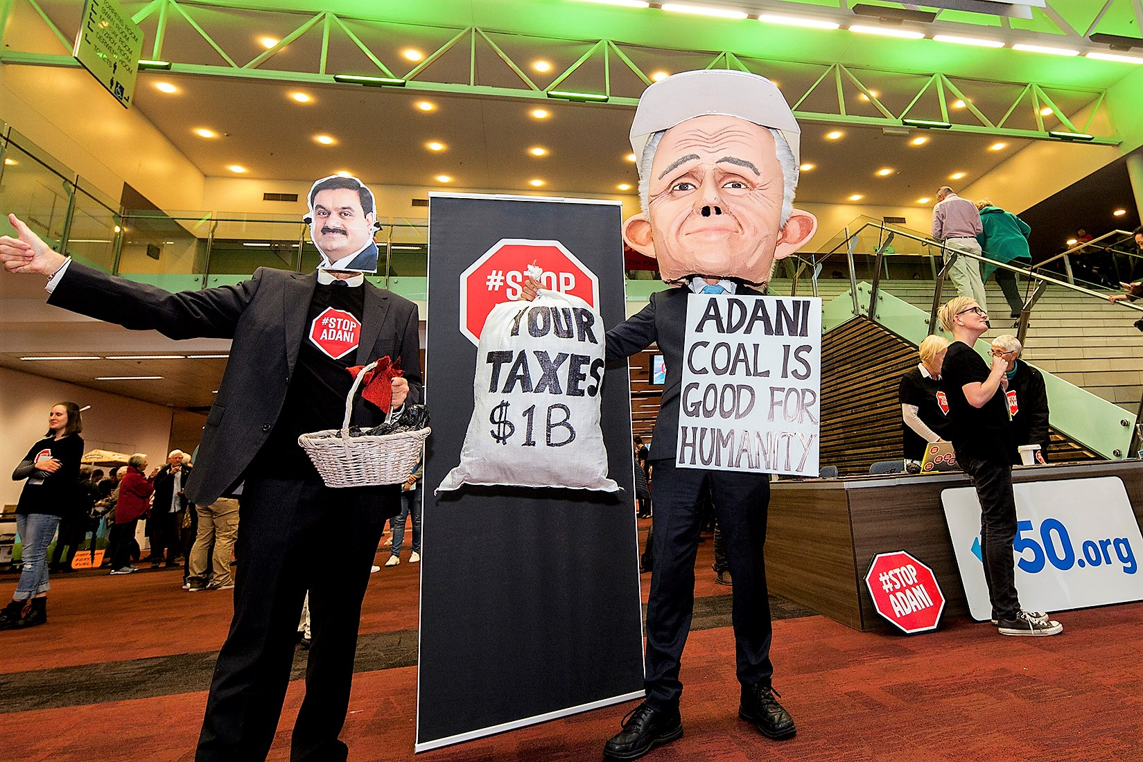 Turnbull wants to give Adani $1 billion