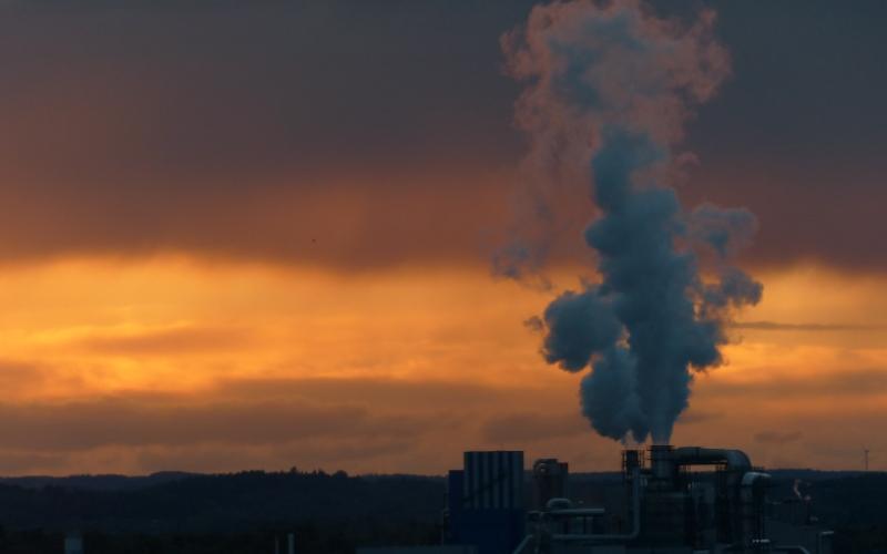 web_smoke-sunset.jpg