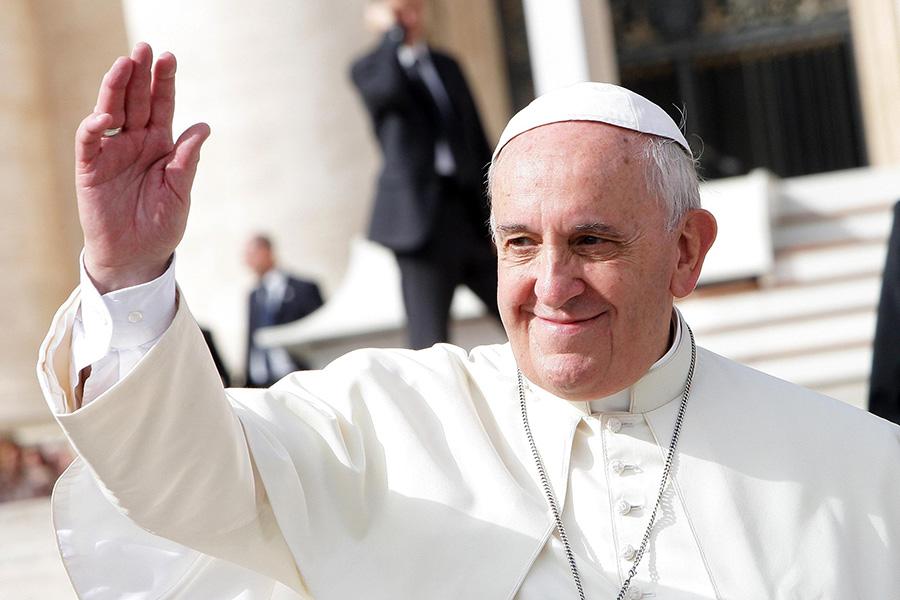 Pope_Francis_in_Sweden.jpg