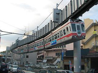 320px-Shonan_monorail_type_500.JPG