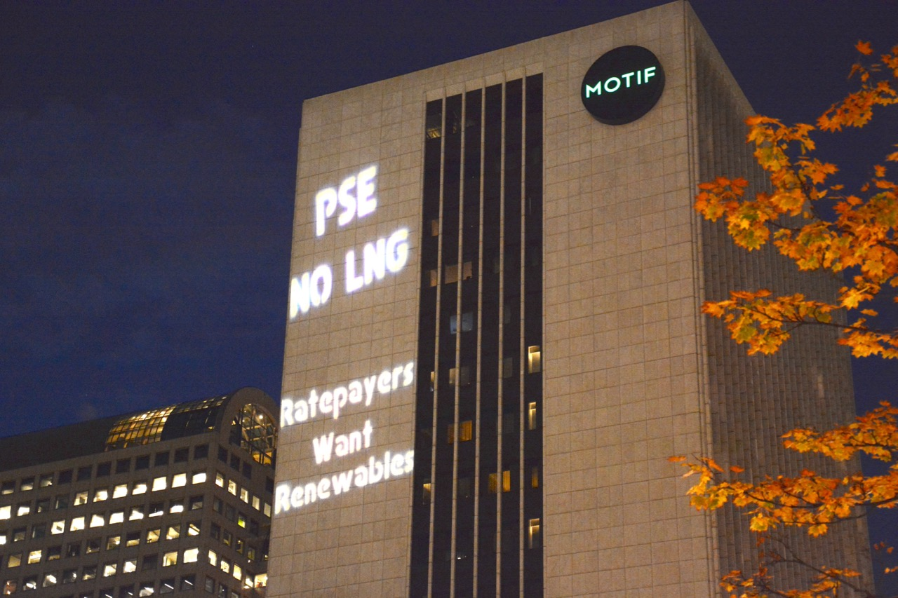 Small_Rate_Payers_Want_Renewables_Light_Projection_Seattle_PSE_No_LNG_(Photo_by_Karl_Pauls)_.jpg