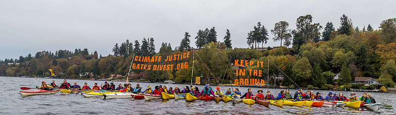 gates_divest_flotilla_keep_it_in_the_ground_22458650612_cdf161f6c4_c.jpg