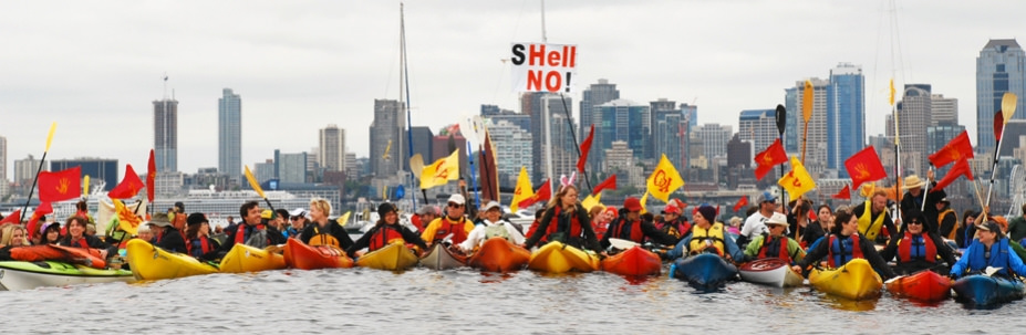 Margo_sHellNo_raft_up_paddle_in_seattle_23965575731_e87ed75e63_b.jpg