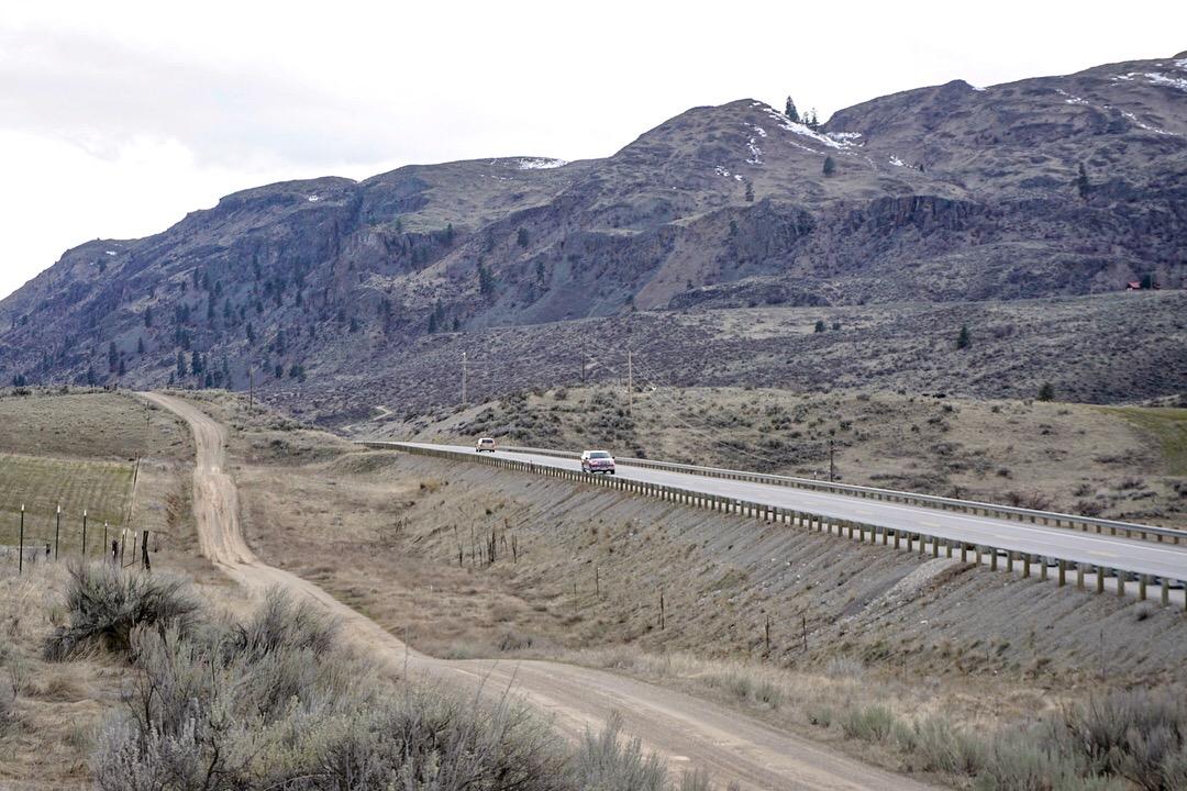Highway_97_wildlife_undercrossing_site_with_Carter_Mountain_Wildlife_Area_in_background._Photo_CG.jpg