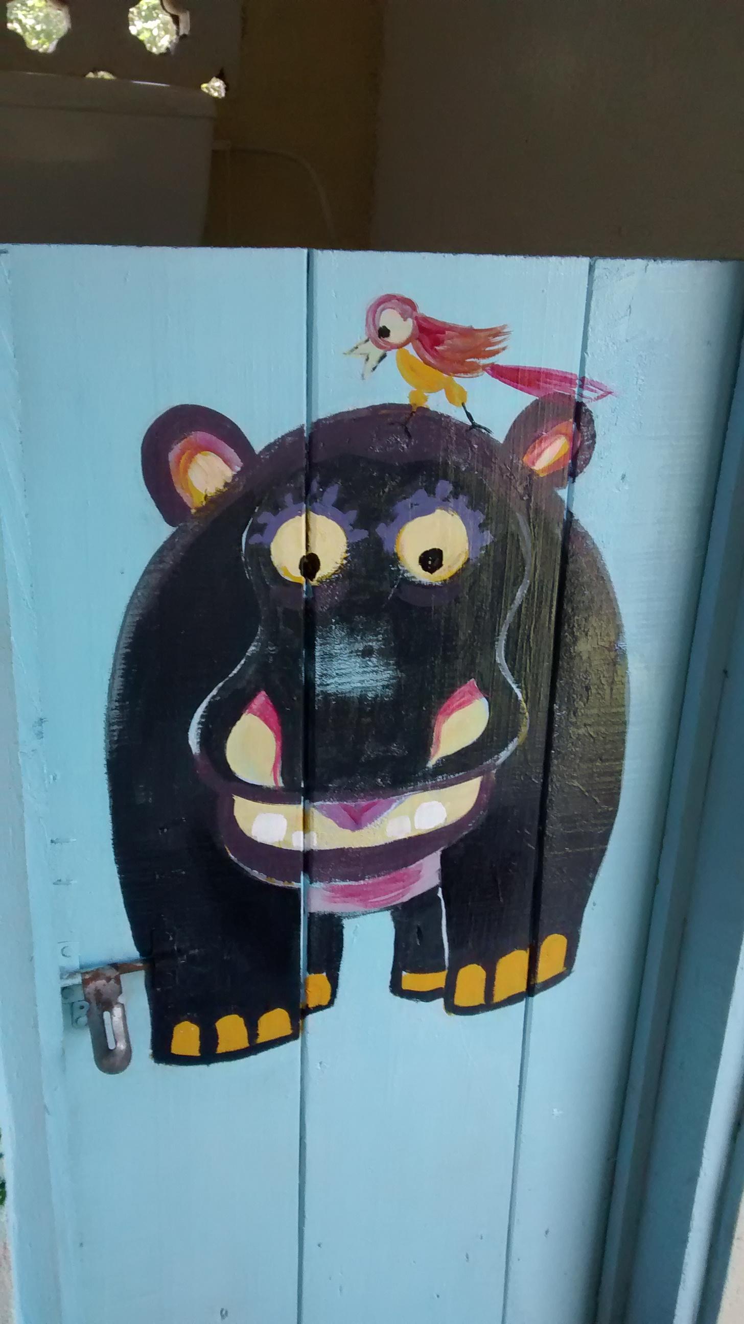 bathroom_hippo.jpg