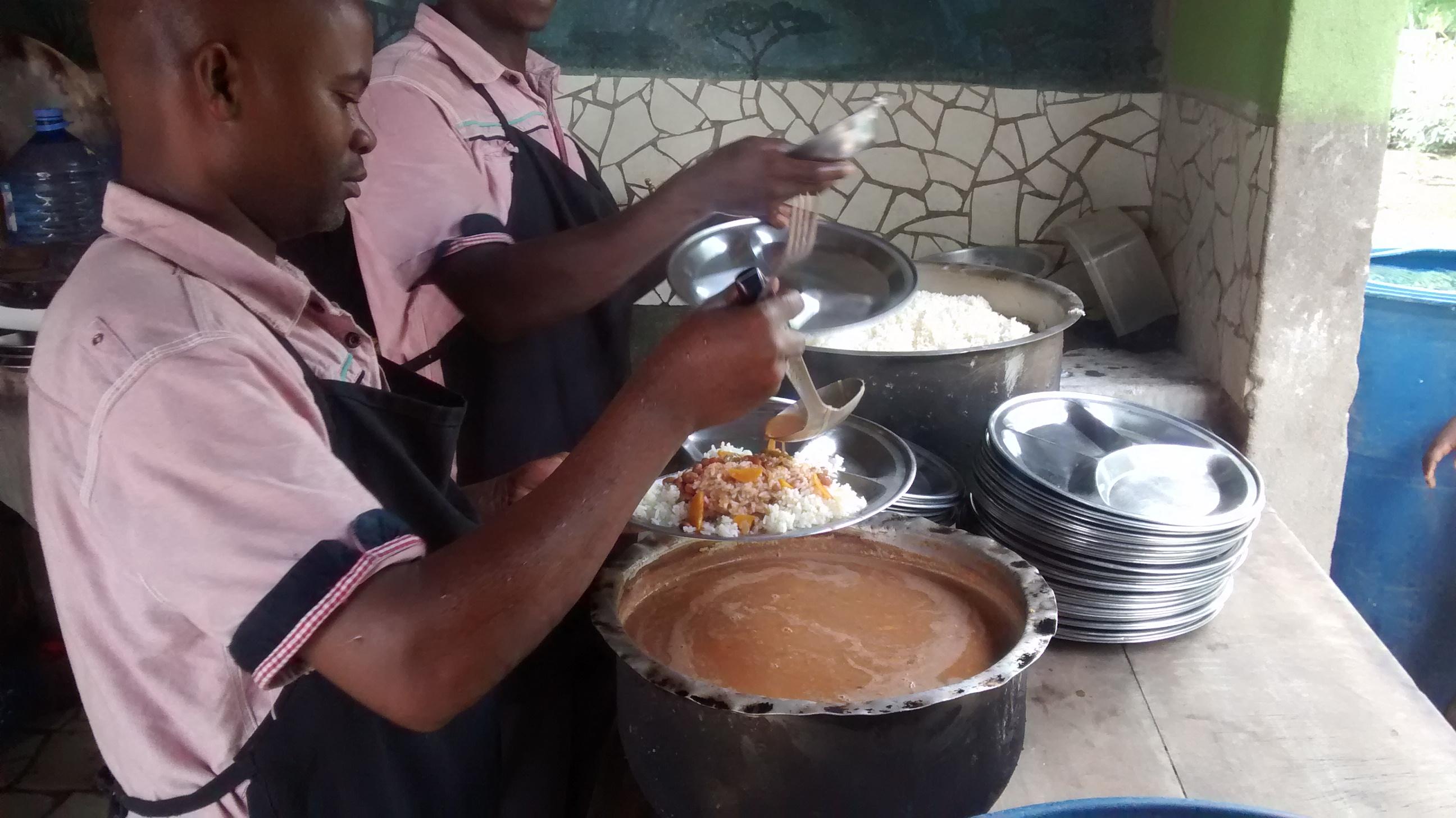 cooks_serving_lunch.jpg
