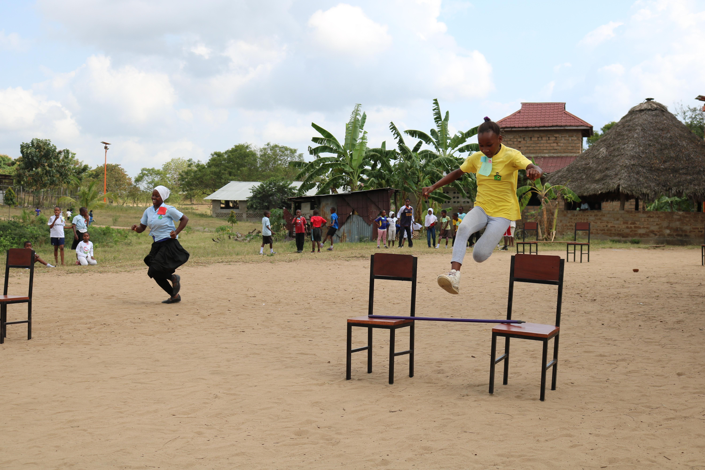 Asha_Ras_hurdles_Athletics_Day.JPG