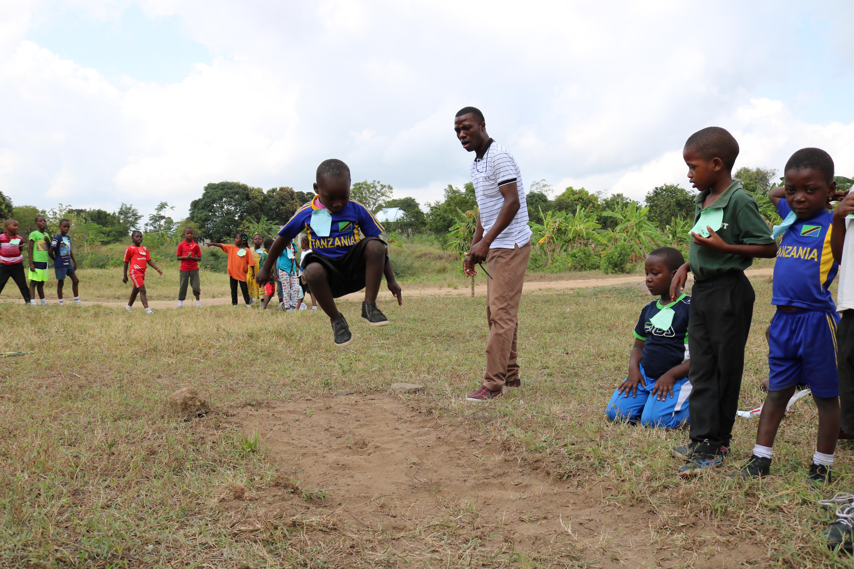 Long_jump_Teacher_Deo_Athletics_Day.JPG