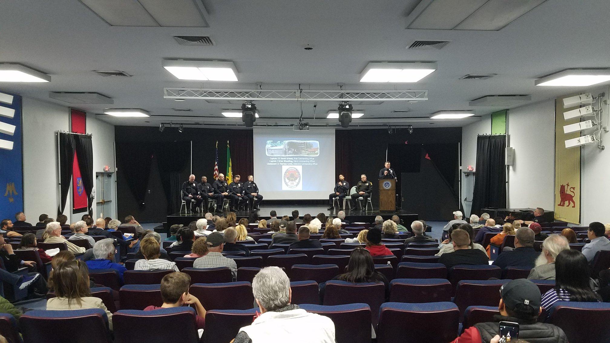 LAPD_Community_Town_Hall.jpg
