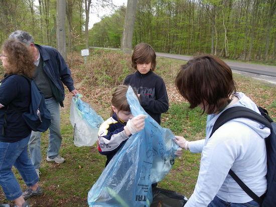 benevoles nettoyage foret