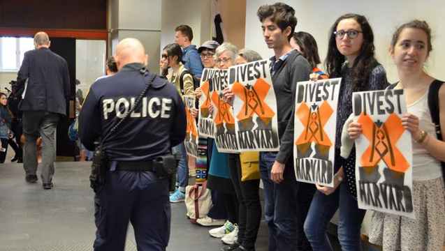 Harvard-Heat-Week-Divestment-Fossil-Fuels-5.jpg