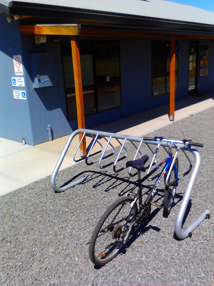 bike_rack_centre_sml.jpg