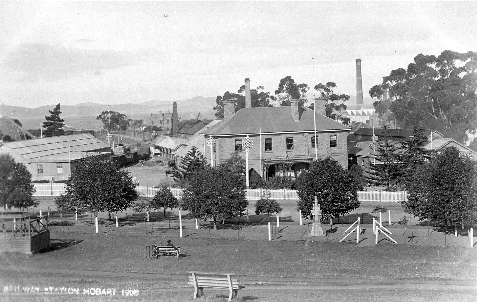 Hobart_station_1908_thumb.jpg