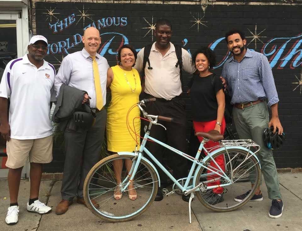 Bike Easy staff, American Heart Association's Coretta Lagarde, and Latoya Cantrell