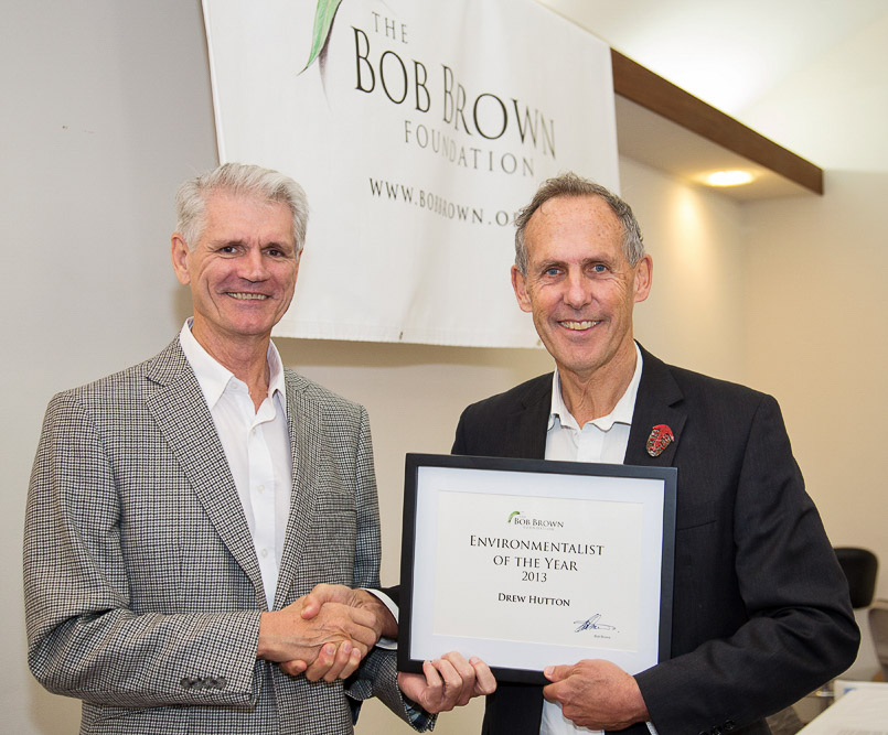 Drew receiving his Environmentalist of the Year award from Bob at the ceremony in Hobart on 1st July 2013.