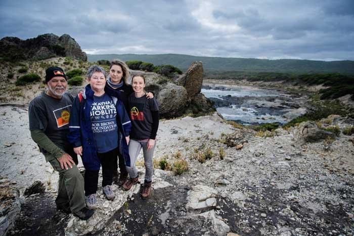 TasmanianAboriginalFamily.jpg