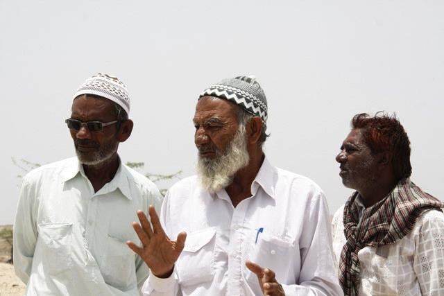 Ahmed Ali Illiyasa (centre), fisherman and head of local fishing advocacy group, Mundra. Photo Soumya Dutta
