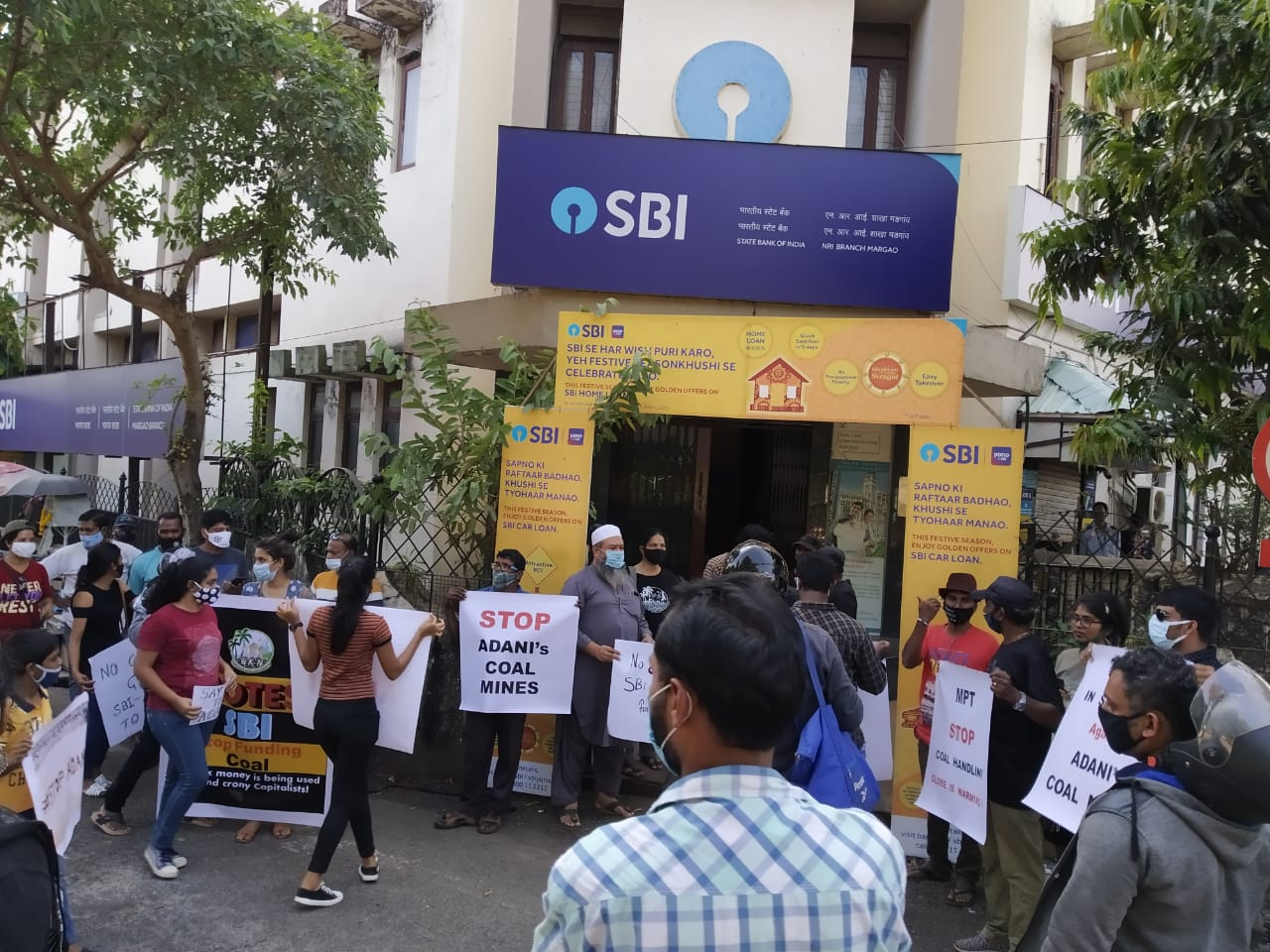 Protesters outside SBI bank in Goa say NO to Adani loan
