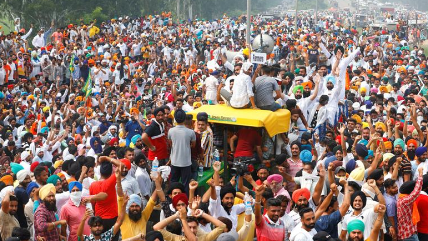 Mass protests by farmers' groups paralyse Indian cities. Photo Reuters
