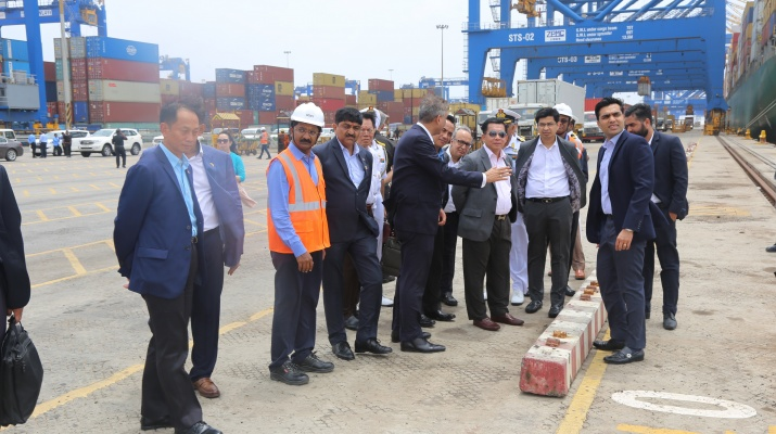 Myanmar Senior General Min Aung Hlaing, visiting the Adani port of Mundra in 2019