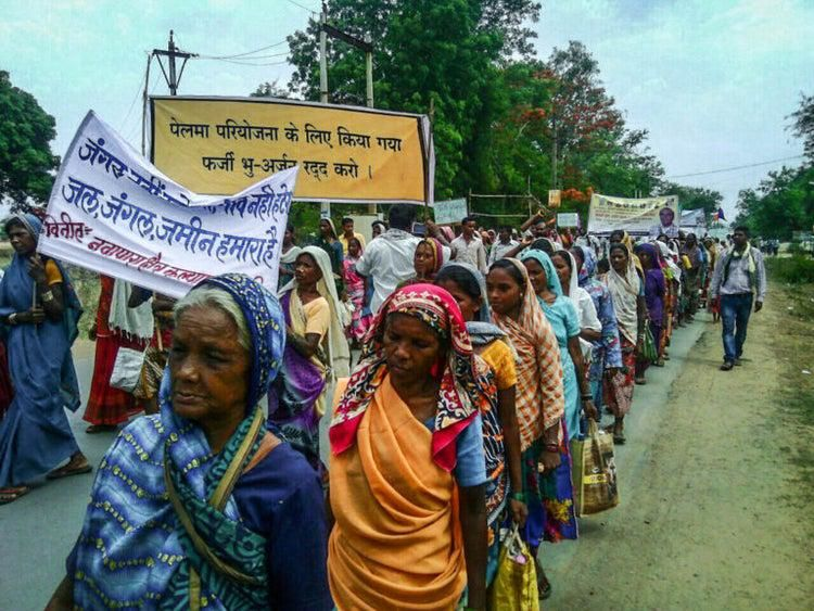 People protest against new coal mines, Raigarh District, Chhattisgarh. Image courtesy The Wire