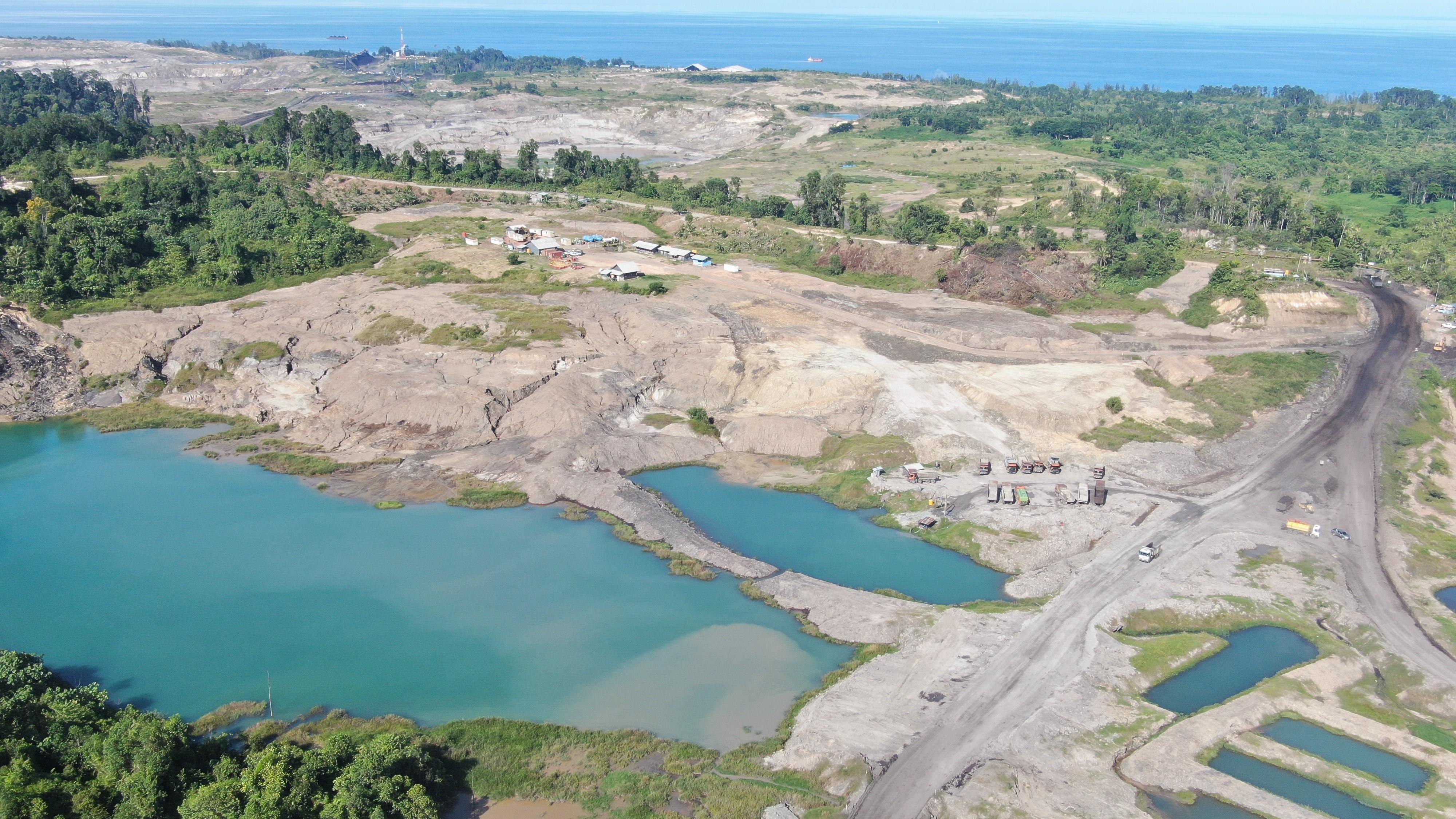 Adani's coal mine on the small island of Bunyu is in close proximity to the sea. Photo JATAM