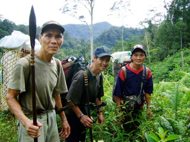 penan_leaders_small.jpg