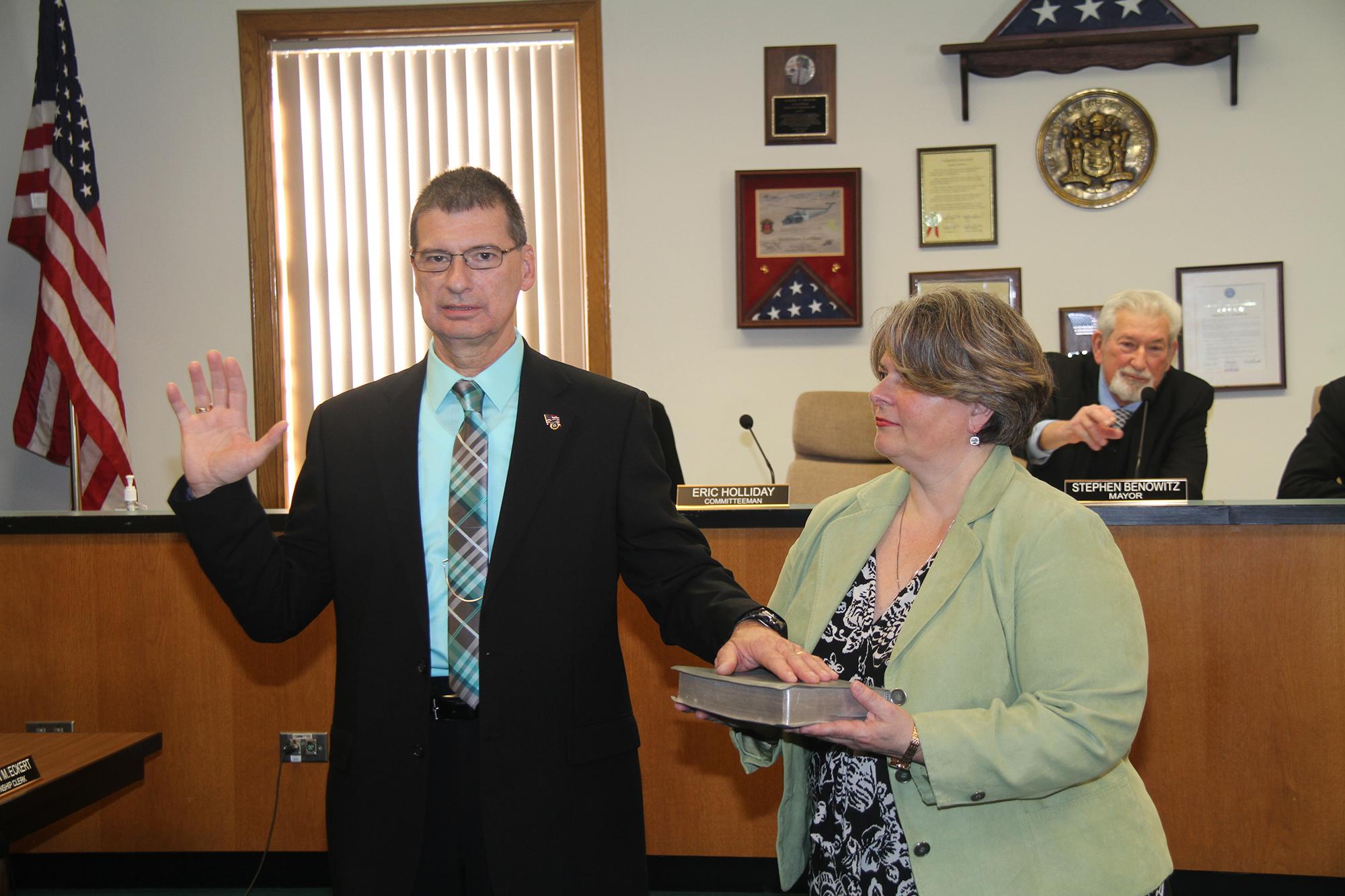 Committeeman_Kostoplis_and_his_wife_Stephanie.JPG