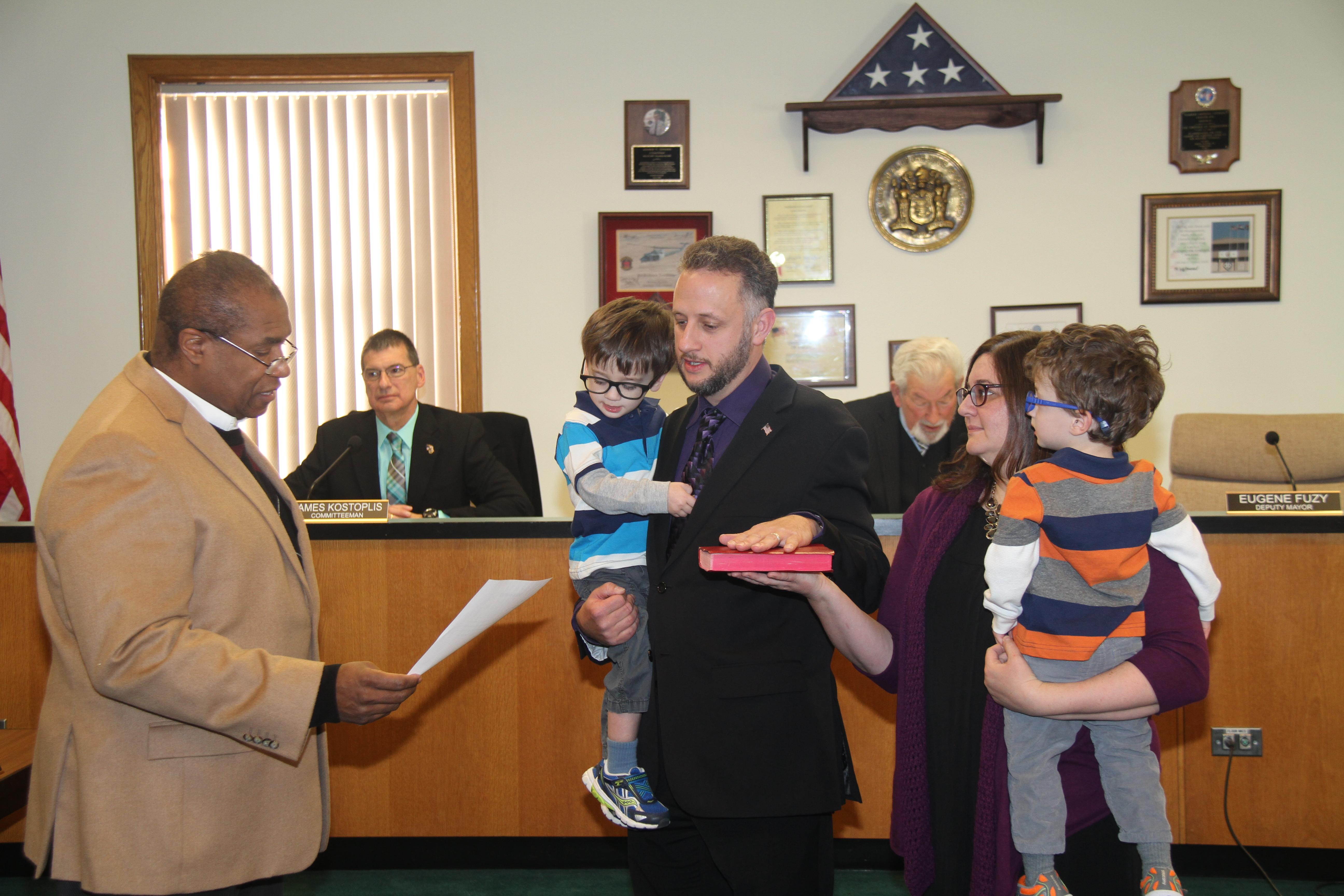Assemblyman_Herb_Conaway_swearing_in_Deputy_Mayor_Eugene_Fuzy.JPG