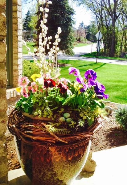 Spring_porch_planter.jpg