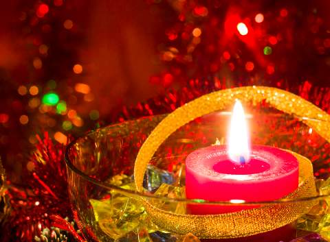 Holiday-Candle-480x353.jpg