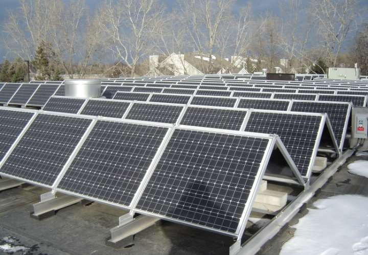 FalconHeights_City-Hall-Solar-Panel-Roof_FromCity2014.jpg
