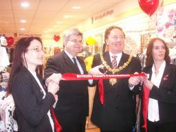 David with Mayor Rob Dryden and staff at the British Heart Foundation